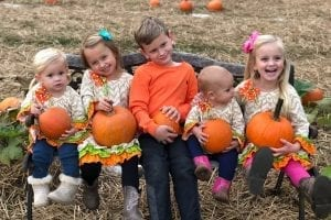 Fall Guide Teshua Farms kids and pumpkins