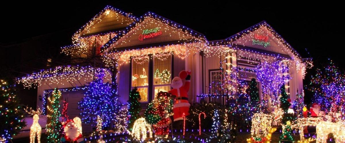 bigstock Beautiful Christmas lights dis 15284504