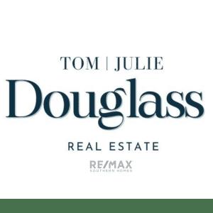 Tom and Julie Douglass Real Estate